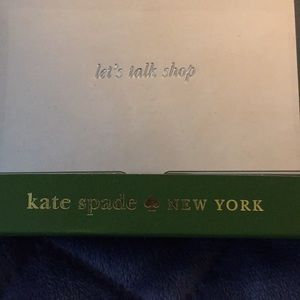 KATE SPADE BUSINESS CARD HOLDER. SILVER, NEW